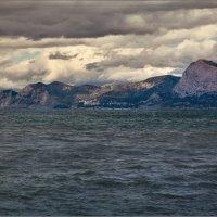 Переменная облачность,местами порывы... :: Александр Смольников