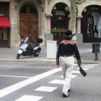 Одна из улиц Барселоны :: татьяна