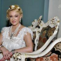 Красавицы на балу :: Тамара Рубанова
