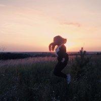 прыжок на закате :: Валерия