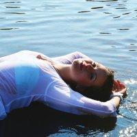 Девушка-русалка :: Виктория Белова