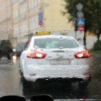 """В Петербурге сегодня дожди..."" :: Александр Алексеенко"