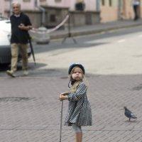Маленькая самокатчица :: Александр Степовой