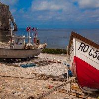 Red boat :: Alena Kramarenko