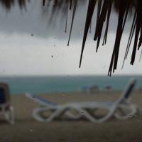 Куба. Дождь на пляже :: Gal` ka