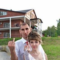 Пальцы, пальцы - кольца, кольца... :: Николай Варламов