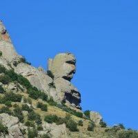 Не далеко от Алушты :: Владимир Петухов