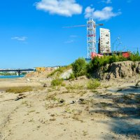 строительство на берегу Оби :: Света Кондрашова