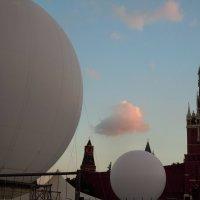 Красная площадь готовиться к Спасской Башне :: Ольга Заметалова