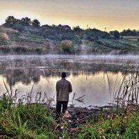 одинокий рыбак :: юрий иванов