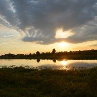 Закат на реке :: Anton Сараев