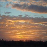 Закат красив не только там где дом :: Lera Yurievna
