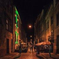 Летняя ночь в переулке. :: Mihail Mihaylov