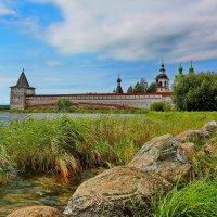 Монастырские стены :: Александр Сивкин