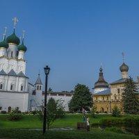 Ростовский кремль,фото на память :: Сергей Цветков