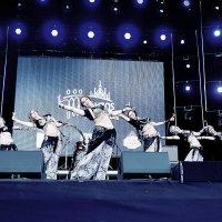 Танец :: Genych