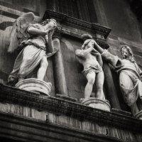Статуи :: Юлиандра