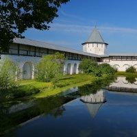 В монастыре :: Александр Сивкин