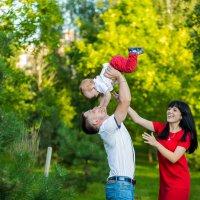 Семейная прогулка :: Юлия