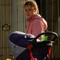 взгляд серия уличные портреты :: Александра