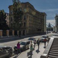И на Миллионной улице бывают свадьбы :: Valeriy Piterskiy