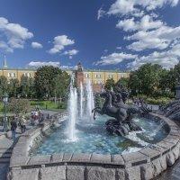 В Александровском саду :: Юрий Захаров