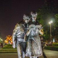 памятник Шурику и Лиде :: Cain Amberskii