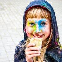 Боди-арт у доченьки :: Марина Романова