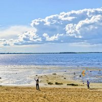 На берегу Двины :: Виктор Заморков