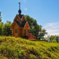 Церквушка в Чкаловске :: Сергей Тагиров