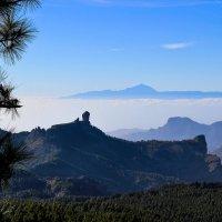 Остров в море из облаков... :: Margarita Smirnova