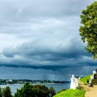 Дождь на подходе. :: Валерий Тумбочкин
