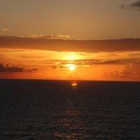 Закат в Карибском море :: Надежда Ёздемир