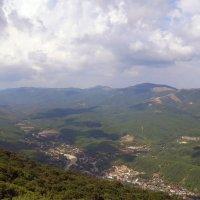 высоко высоко в горах, жил... :: petrovpetrg