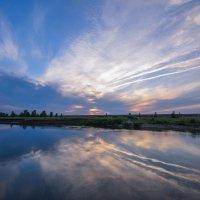 Закат на реке Каме :: Сергей Тагиров