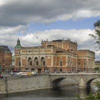 Кололевская площадь и дворец.... :: Cергей Павлович