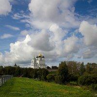 Псков в облаках :: Валентина Ломакина