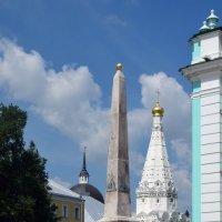 Памятник-обелиск в ознаменование заслуг монастыря (1792 г.) :: Галина R...