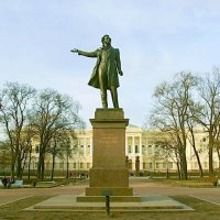 Памятник А.С.Пушкину на пл. Искусств. :: Лия ☼
