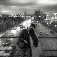 Москва вечерняя.. :: Константин Водолазов
