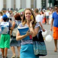 эмоции на фоне праздника жизни :: Олег Лукьянов