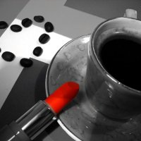 Чашечка кофе и губная помада :: Victoria