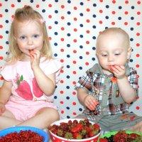 Сладкие ягодки!!! :: Ирина Марчукова