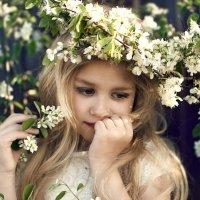 девочка -  весна :: Екатерина