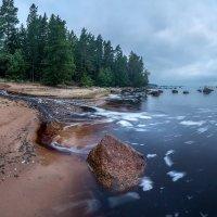 Камень на берегу :: Фёдор. Лашков