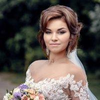Свадебная прогулка :: Денис Соболев