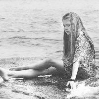 То ли девочка, то ли виденье... :: Людмила Волдыкова
