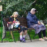 Стражи сада... :: Николай Варламов