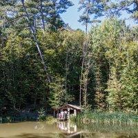 Избушка на Горном озере :: Юрий Яловенко