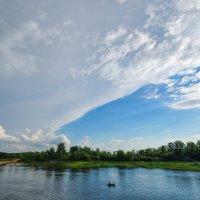 Необычное красивое небо над Белой :: Сергей Тагиров